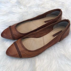 Frye cognac leather flats great condition!